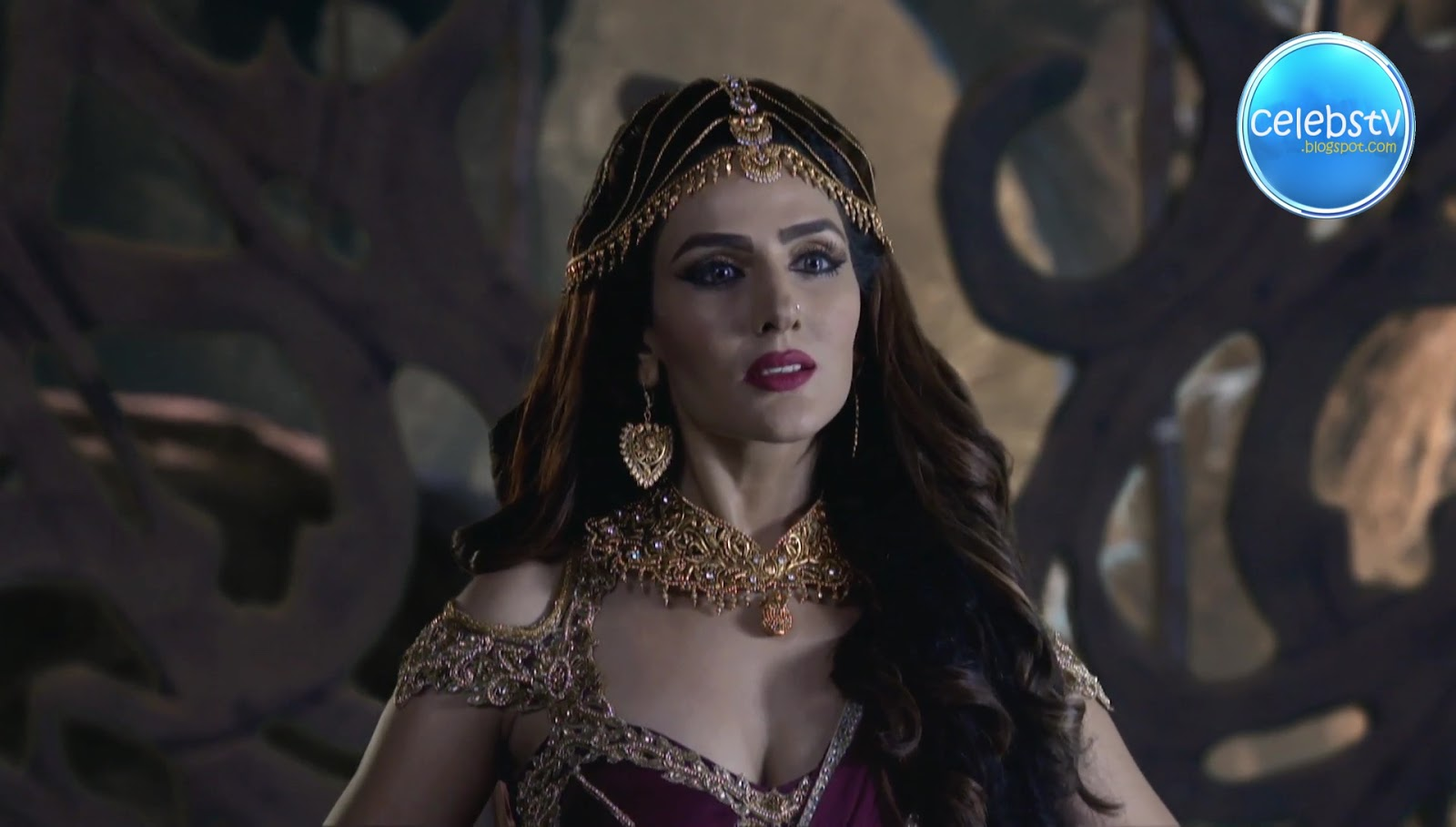 Sudeepa Singh Aka Rani Pari Very Hot Sexy Deep Cleavage -1713