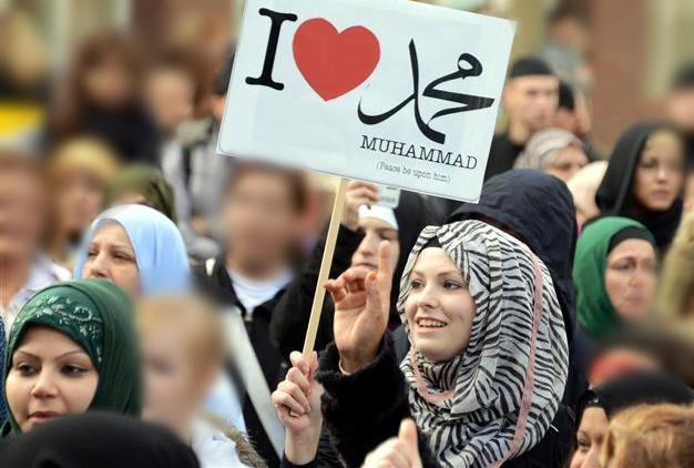Syaikh Ali Jaber: Insyaallah di Prancis Akan Allah Hadirkan Jutaan Orang Bersyahadat
