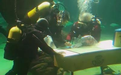 Museo Marítimo de Cantabria: Matasellos bajo el agua, Exfilna 2019