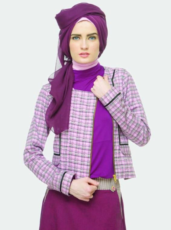 model IGO konsep foto hijab dalam ruangan dengan tips sederhana ligthing syar'i