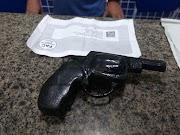 Dupla de assaltantes é presa com simulacro de arma de fogo na cidade de Parnaíba