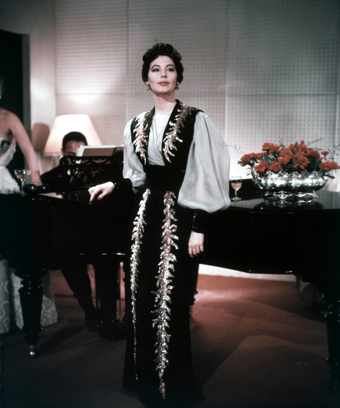 "Life With Paris: Ava Gardner In ""Barefoot Contessa"""