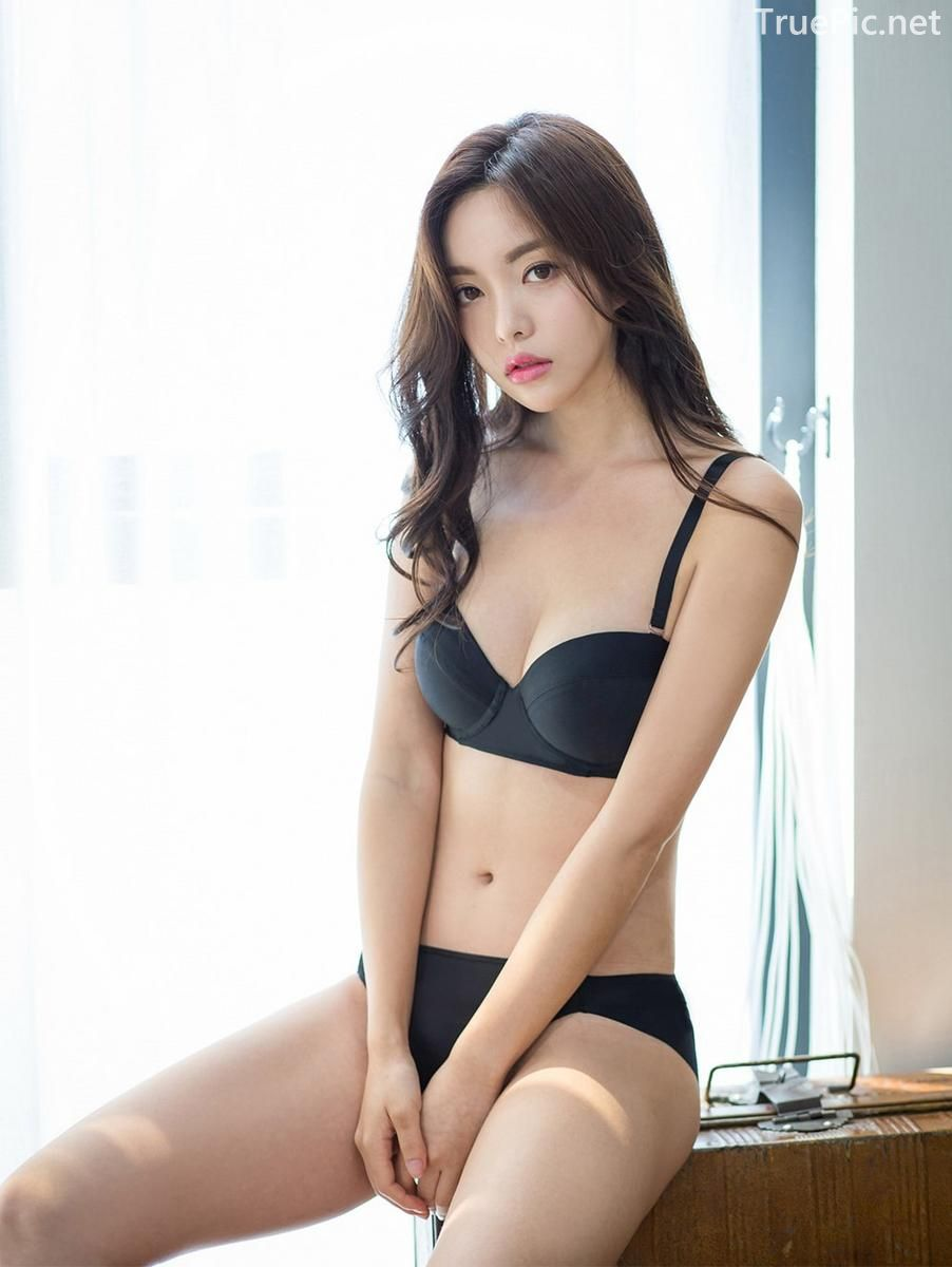 Korean model and fashion - Jin Hee - Black and white Lingerie - Picture 8