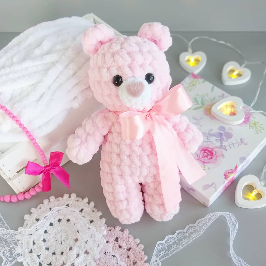 Honey teddy bears in love: crochet pattern - Amigurumi Today | 1080x1080