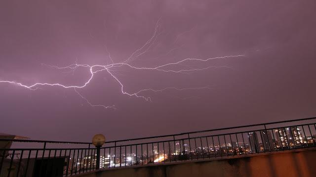 A lightning 26-Oct-2019