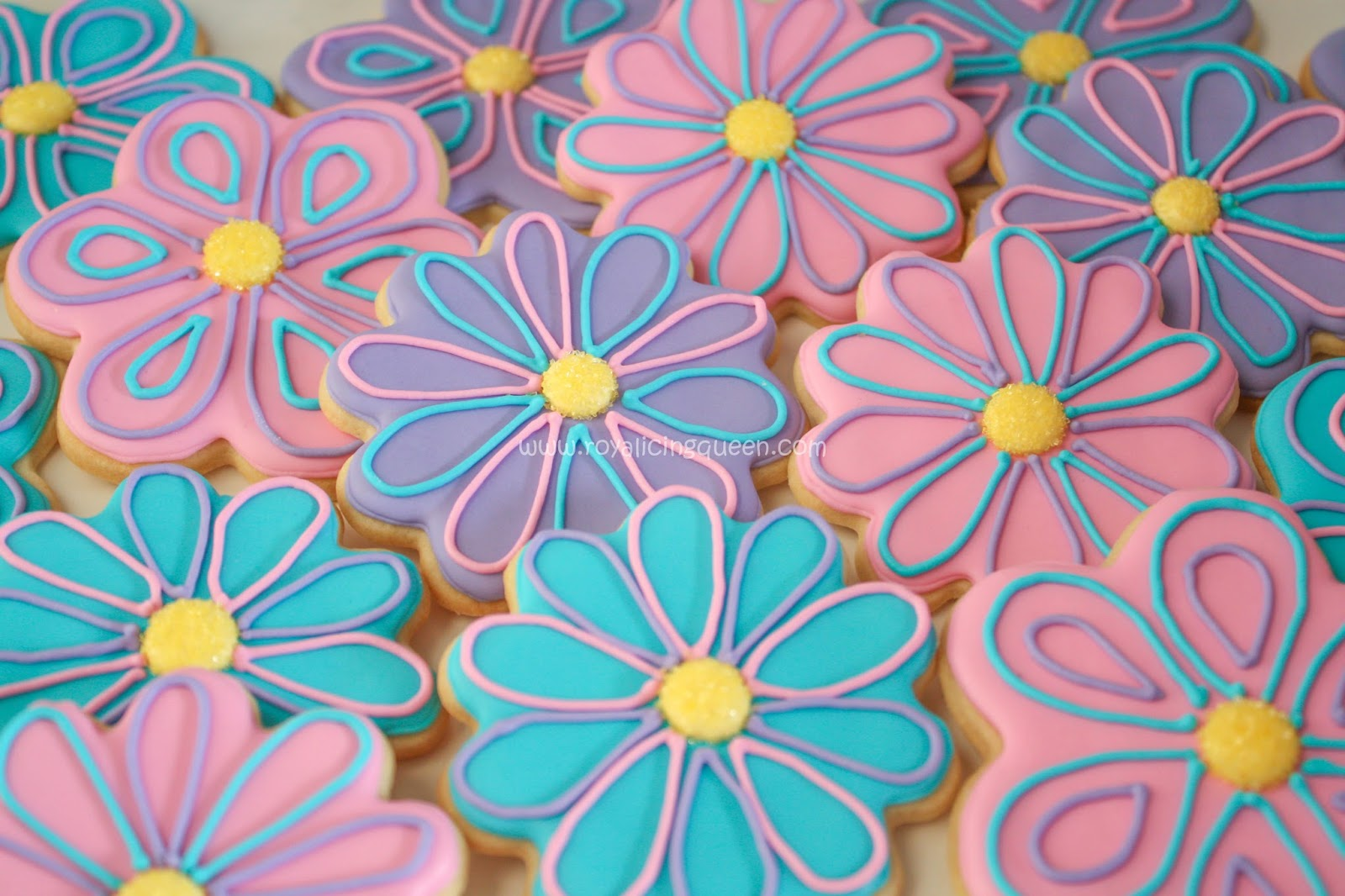 The Royal Icing Queen Flower Cookies