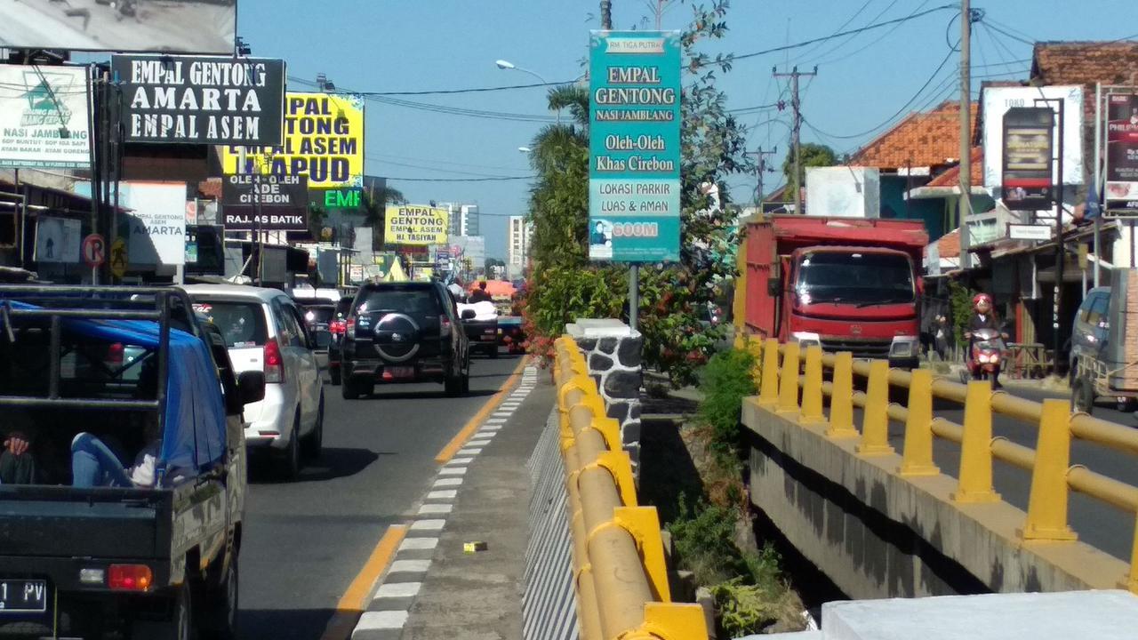 Pasar Tumpah Hingga Rambu Tak Terbaca Jadi Kendala Pemudik di Pantura