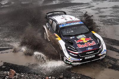 El equipo M-Sport Ford praparado para ganar el mundial en Australia.