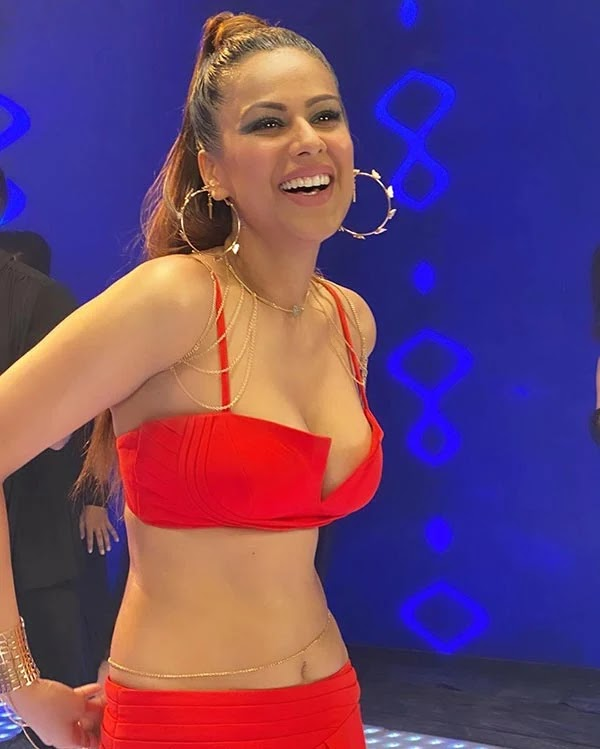 Nia Sharma's red hot avatar from new music video Do Ghoont makes fans crazy