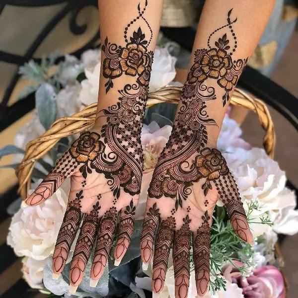 floral-henna-pattern