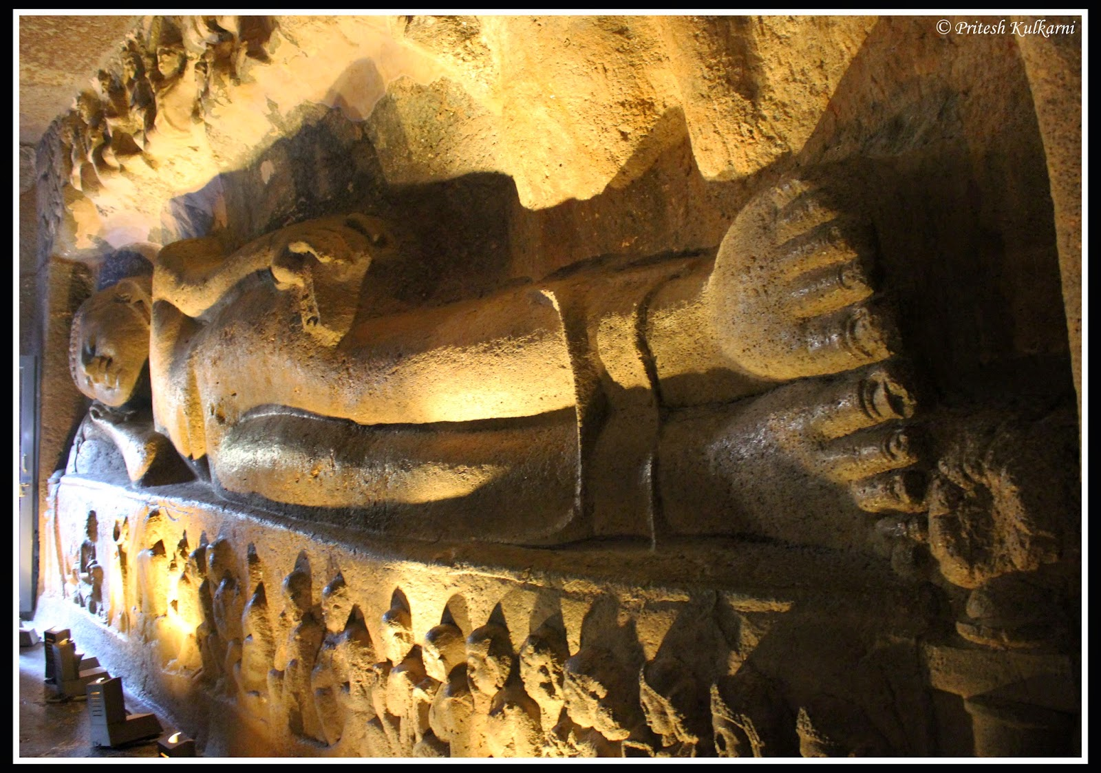 Sleeping Buddha at cave no 26