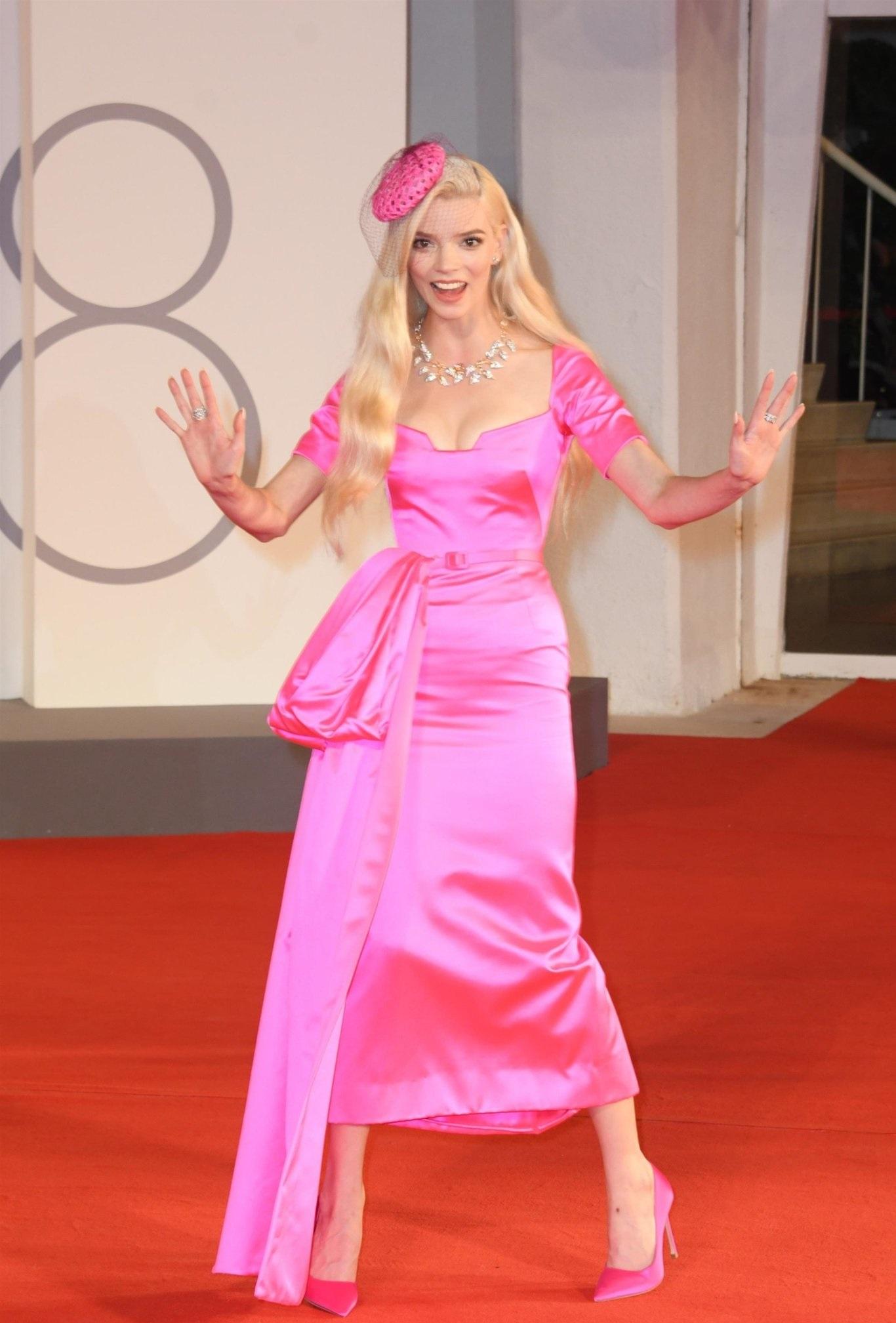 Venice Film Festival 2021 best celebrity fashion