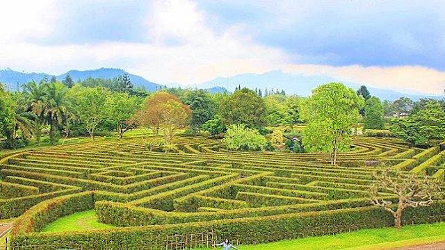 The Beauty of the Simalem Labyrinth Park in Medan