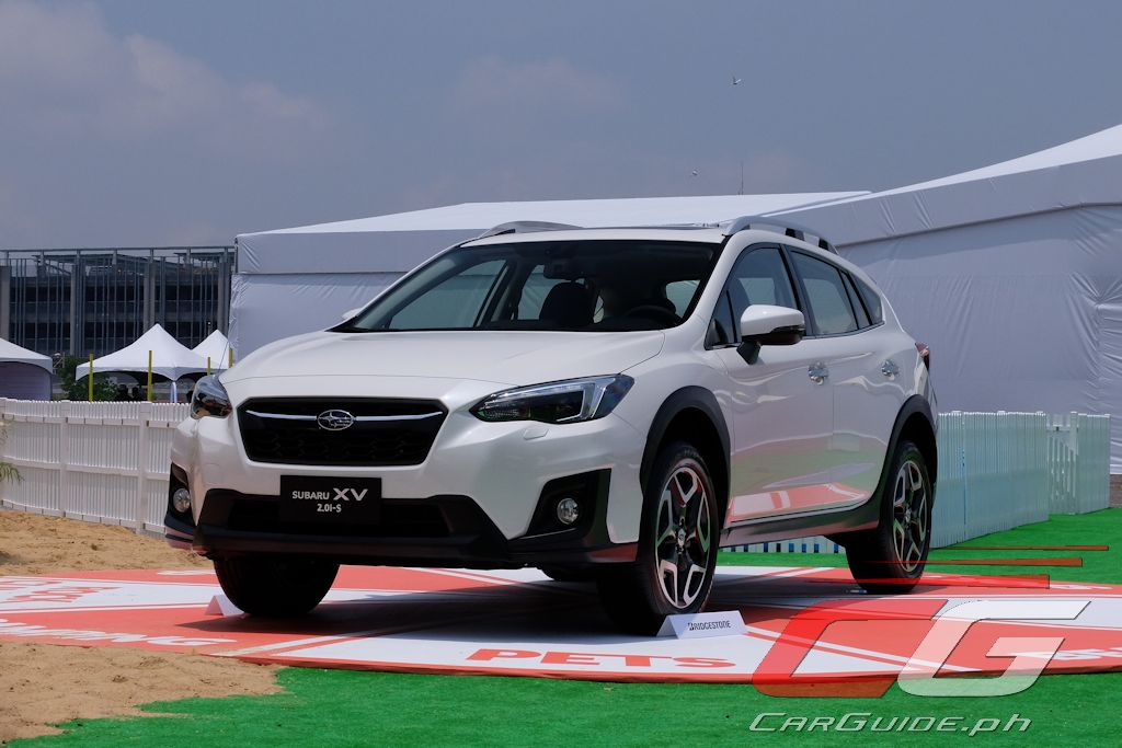 2018 subaru dimensions. delighful dimensions like its exterior the 2018 subaru xvu0027s interior is largely imprezau0027s  and thatu0027s a good thing it feels cutting edge from choice of materials to  with subaru dimensions c