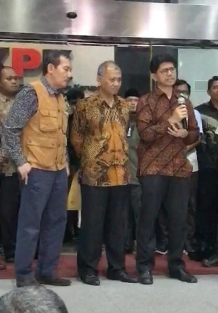 Sebelum Mundur, Pimpinan KPK Curhat Mengenaskan