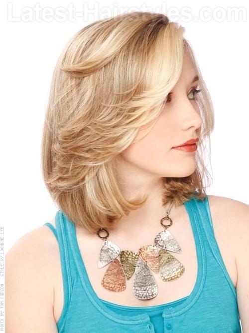 18 Model Potongan Rambut Untuk Wajah Bulat dan Pipi Tembem Pendek dan