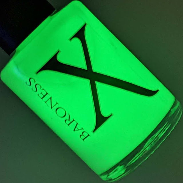 green glow in the dark nail polish