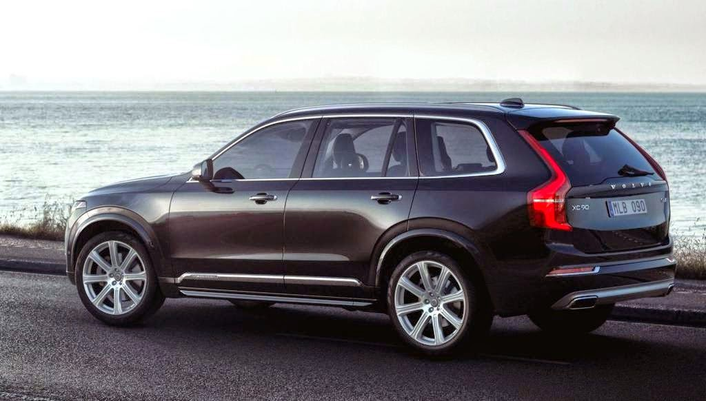 Volvo XC90 T6 Side