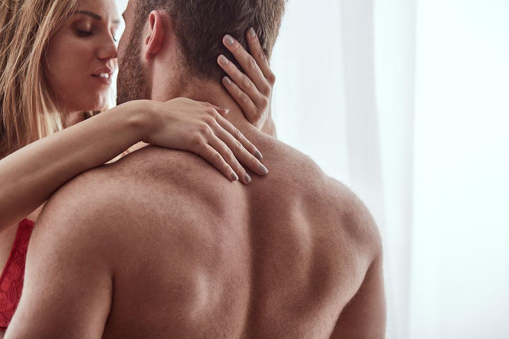 Δηλαδή: Τα φιλιά είναι το πρωταρχικό στοιχείο που τον κάνουν να σκέφτεται το σεξ μαζί σου.