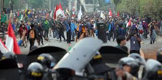 Tolak RUU HIP dan Omnibus Law, BEM Seluruh Indonesia Geruduk DPR Tanggal 16 Juli