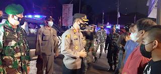 Polres Purworejo Mengadakan Patroli Skala Besar, Sekaligus Bagi-bagi 900 Paket Sembako