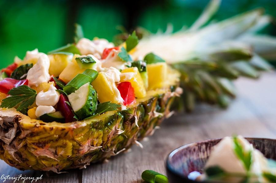 Szybka-i-dobra-salatka-z-ananasem