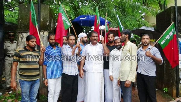 Kerala, News, Uppala, Kasaragod, SDPI march, SDPI march to Mangalpady CHC.