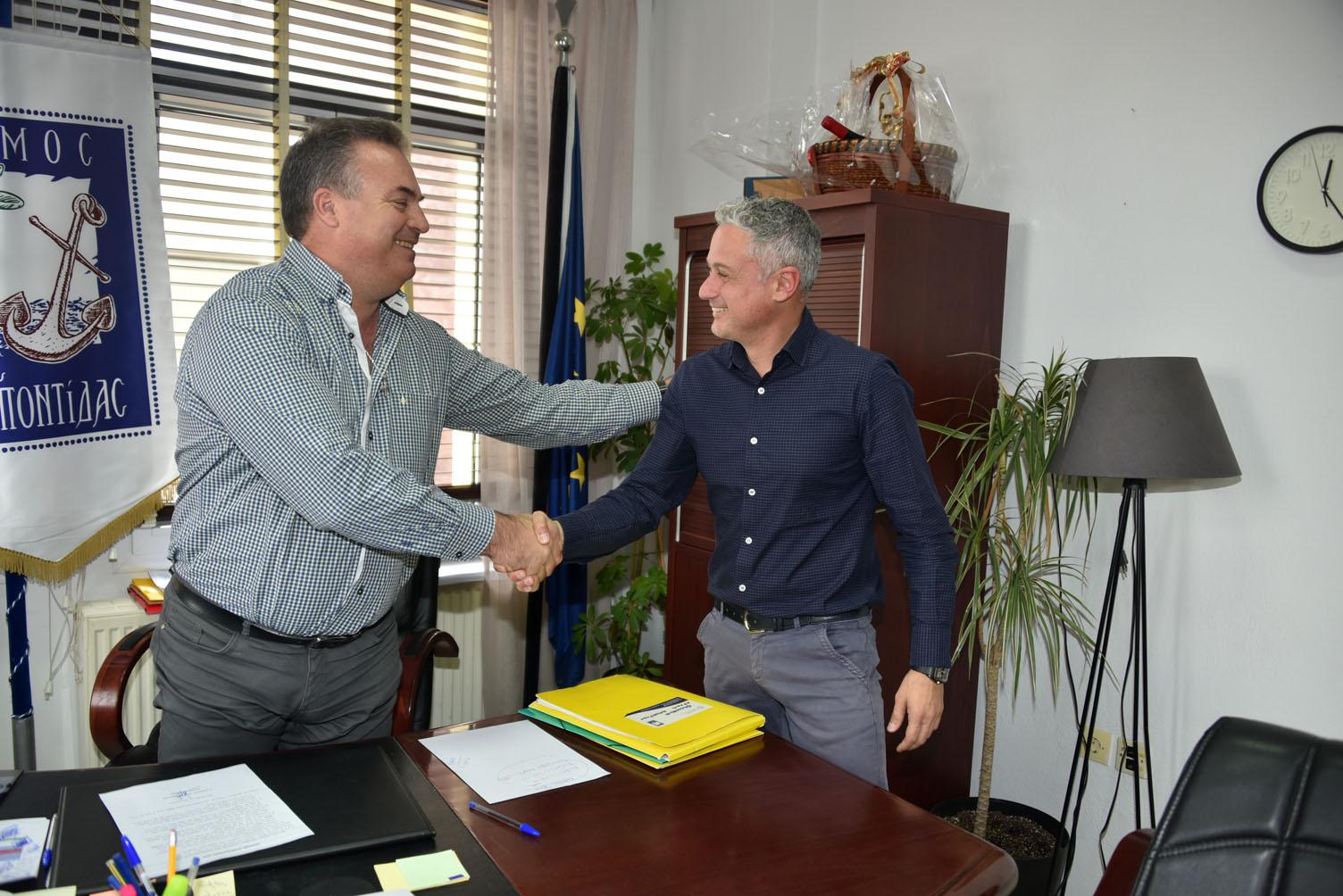 Υπογραφή σύμβασης για Αγροτική Οδοποιία