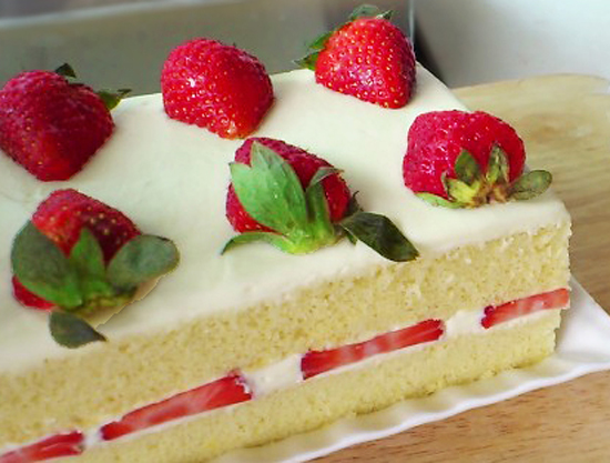 Kitchentigress Japanese Strawberry Shortcake