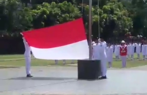 Live Report, Pengibaran Bendera Merah Putih HUT Kemerdekaan RI Ke 72 di Kota Siantar