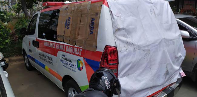 PMI: Memang Ada Batu Di Ambulans, Tapi Bekas Lemparan Massa