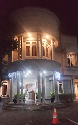 Sisingamangara Guest House Airy Room Semarang