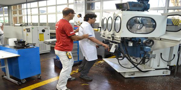 Sesi/PE orienta empresas e pessoas a prevenir acidentes de trabalho no Agreste