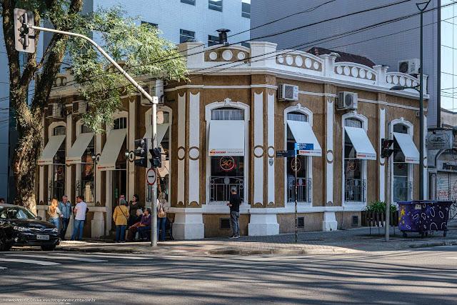 Casa na Rua Visconde do Rio Branco que é Unidade de Interesse de Preservação