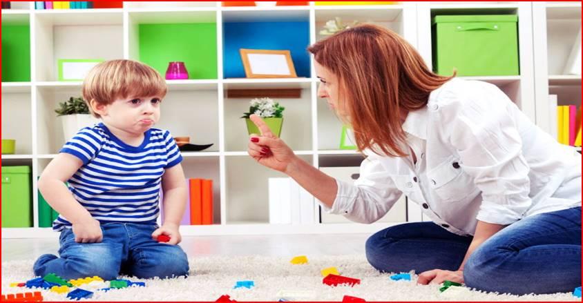 С кем из родителей дети ведут себя неспокойно и почему
