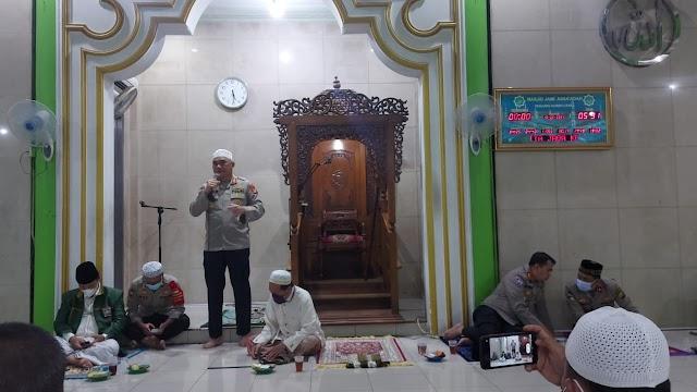 Polda Metro Jaya Laksanakan Program Suling di Masjid As - Sa'adah