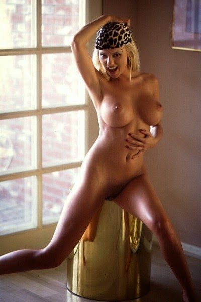 Carrie milbank nude pic, sara evans hot and naked