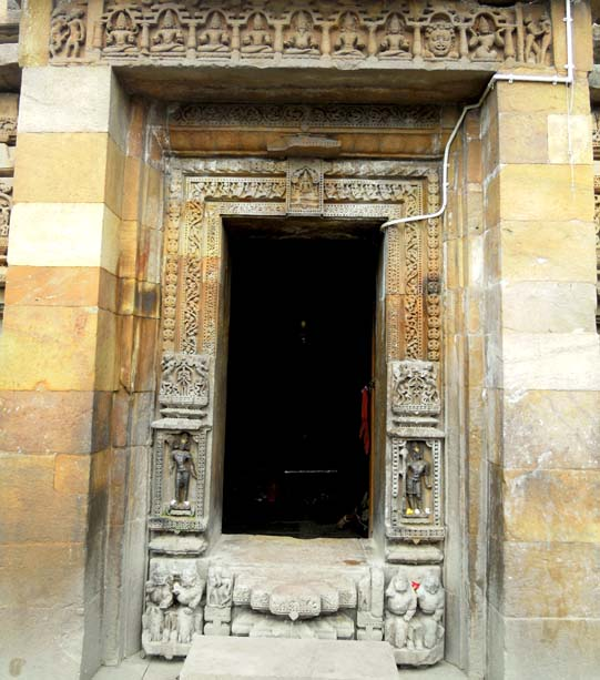 The temple entrance, Brahmeswara Temple, Bhubaneshwar