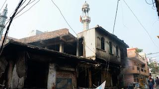 Masjid Dibakar, 17 Orang Tewas dalam Bentrokan di New Delhi, India