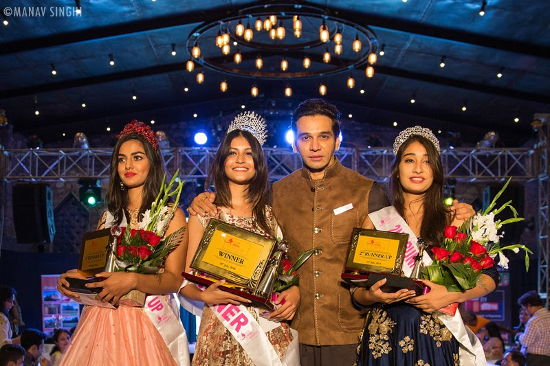 "Managing Director of ""Elite Miss Rajasthan"" Mr. Gaurav Gaur with Arshina Sumbul, Rubal Shekhawat and Navnidhi singh."