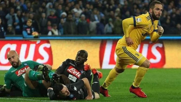 Napoli-Juventus: Risultato sorpresa al San Paolo, firmato Higuain | Calcio Serie A