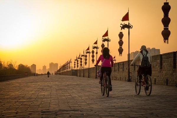 กำแพงเมืองซีอาน (Xi'an City Wall) @ www.viator.com