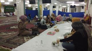 Fiqih Penganut Syiah Indonesia: Tak Ada Shalat Tarawih, Diganti Ceramah