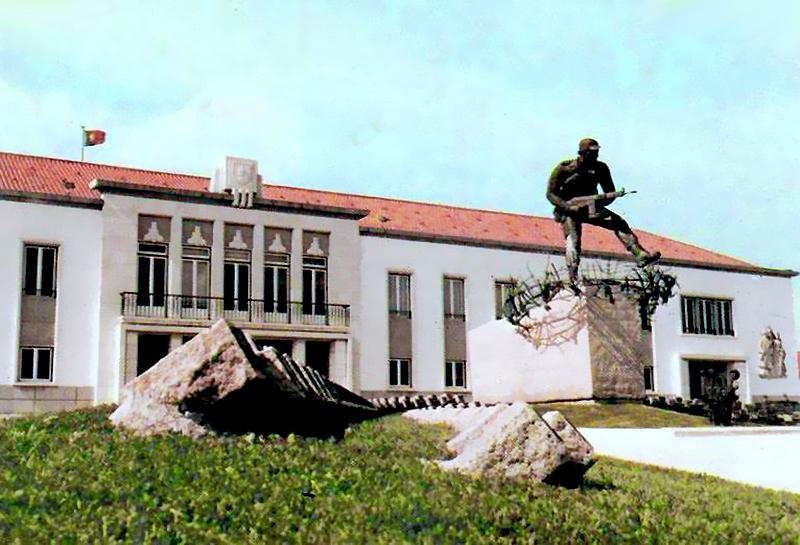 2659b614c8b6d Retratos de Portugal  Amadora - Regimento de Comandos