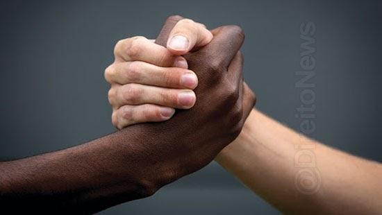 projeto injuria racial crime racismo imprescritivel