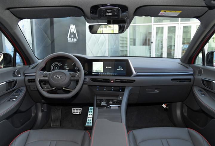 Hyundai Sonata có thêm phiên bản nới rộng chiều dài