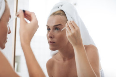 images Can you use a combination of two facial serums at once?