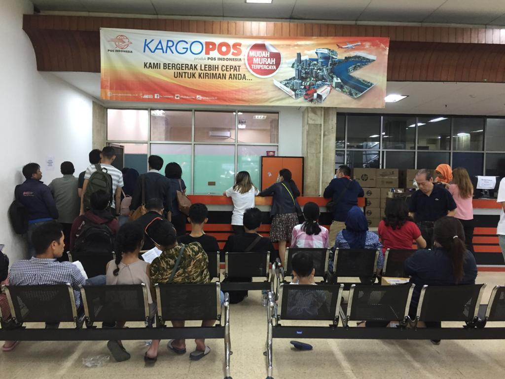Cara Mengambil Paket Luar Negeri Yang Terkena Pajak Di Kantor Pos Pasar Baru Jakarta Novarty