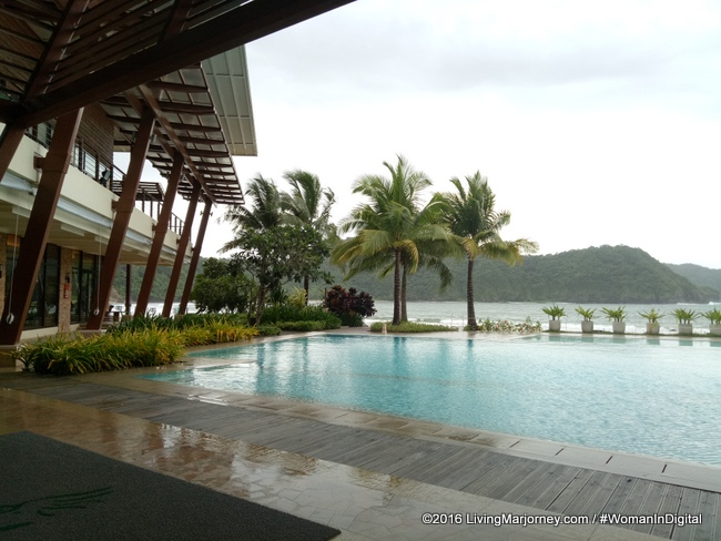 Pico De Loro Country Club