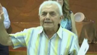 Πάτρα: Πήρε απολυτήριο γυμνασίου σε ηλικία...83 ετών!